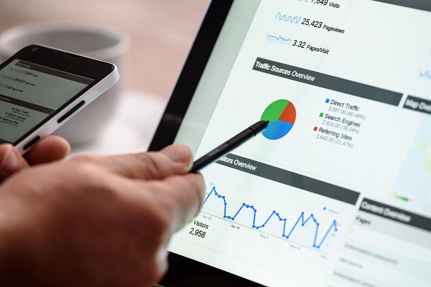 SEO, Website, Optimierung, Google, Keywords, URL, Verlinkungen, Inhalt, Bilder